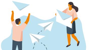 Illustration över två personer som håller upp ett fysiskt kuvert i luften och pappersflygplan svischar förbi.